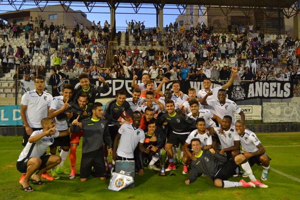 Portimonense bate Varzim e conquista terceiro lugar — Torneio da Póvoa